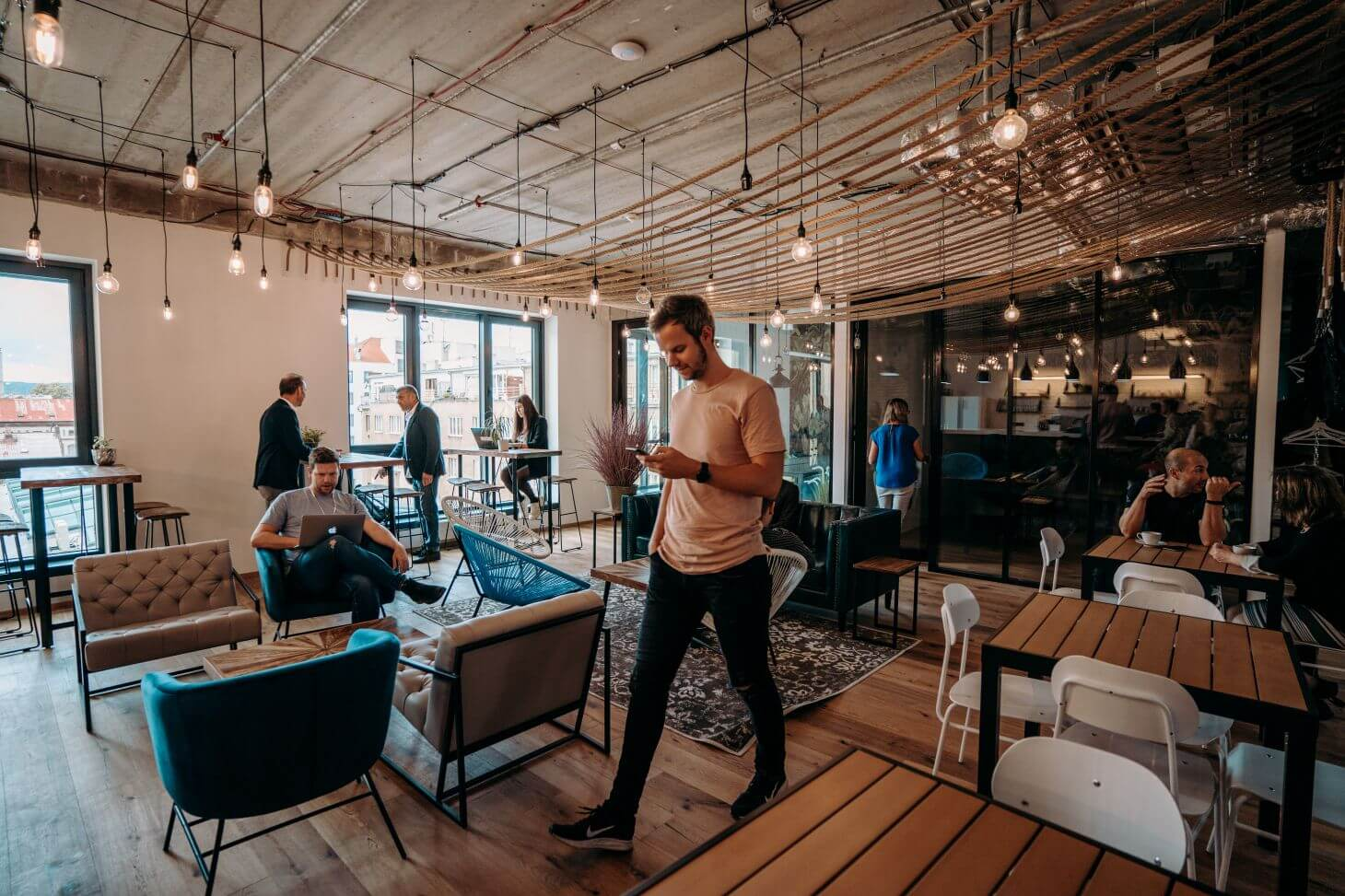 Co Je Coworking? Nahlednete Do Worklounge