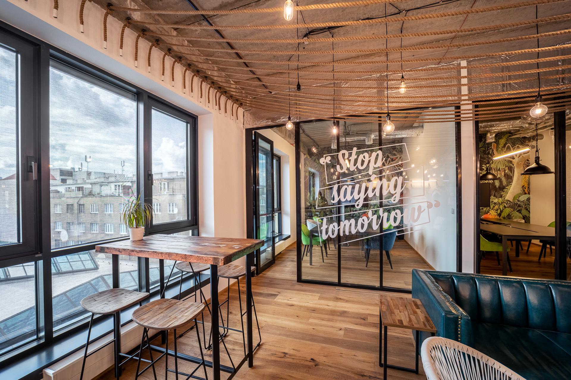 WorkLounge kanceláře a coworking v Karlíně